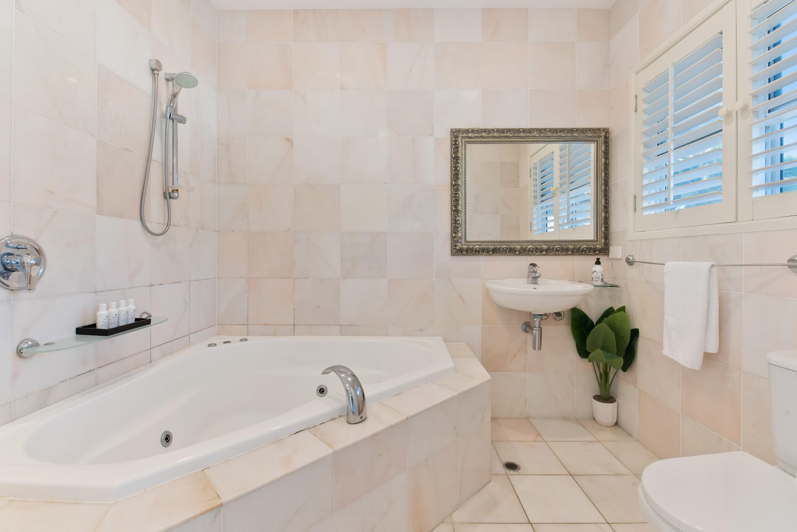 bathroom with large soaker tub.